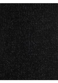 Czarny szalik TOP SECRET w kolorowe wzory, na wiosnę