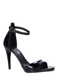 Nessi - Czarne sandały szpilki skórzane lakierowane jacob z paskiem wokół kostki nessi jc022. Zapięcie: pasek. Kolor: czarny. Materiał: lakier, skóra. Obcas: na szpilce #1