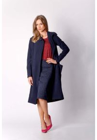Nommo - Granatowy Kopertowy Płaszcz z Dużymi Kieszeniami. Kolor: niebieski. Materiał: wiskoza, elastan