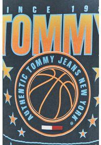 Niebieski t-shirt Tommy Jeans casualowy, z nadrukiem, na co dzień