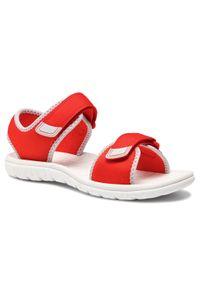 Pomarańczowe sandały Clarks na lato