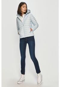 Pepe Jeans - Jeansy Victoria. Kolor: niebieski. Wzór: gładki