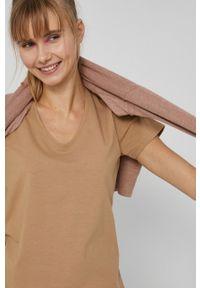 medicine - Medicine - T-shirt Basic. Kolor: beżowy. Materiał: bawełna, dzianina. Wzór: gładki