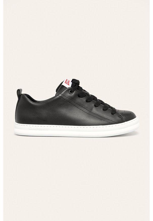 Czarne sneakersy Camper z okrągłym noskiem, na sznurówki, z cholewką