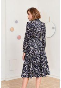Marie Zélie - Sukienka Colette Echinata. Materiał: bawełna, materiał. Długość rękawa: długi rękaw. Typ sukienki: szmizjerki. Styl: elegancki. Długość: midi