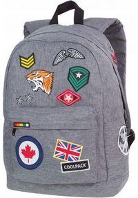 Szary plecak Coolpack z aplikacjami