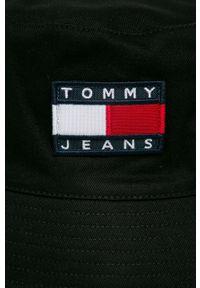 Czarny kapelusz Tommy Jeans z aplikacjami