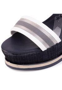 Białe sandały Wrangler