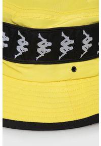 Żółty kapelusz Kappa z aplikacjami