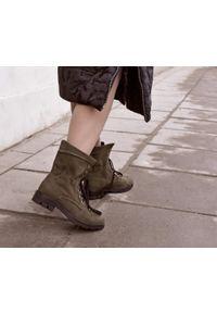 Botki Zapato w kolorowe wzory, na jesień, wąskie