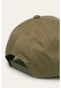 Oliwkowa czapka z daszkiem TOMMY HILFIGER