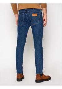Wrangler Jeansy Slim Fit Larston W18SU5225 Granatowy Slim Tapered Fit. Kolor: niebieski
