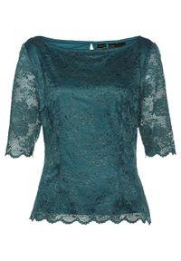 Bluzka shirtowa z koronką bonprix zielony pieprz. Kolor: niebieski. Materiał: koronka. Wzór: koronka. Styl: elegancki