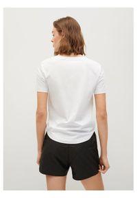 mango - Mango T-Shirt Chalapi 17010101 Biały Regular Fit. Kolor: biały