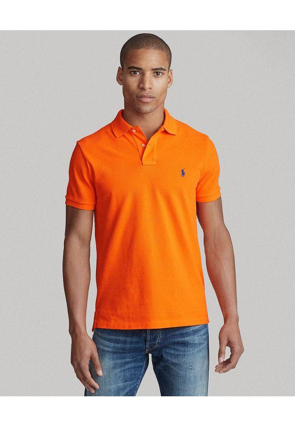 Ralph Lauren - RALPH LAUREN - Pomarańczowy t-shirt polo Classic Fit. Typ kołnierza: polo. Kolor: pomarańczowy. Materiał: bawełna. Wzór: haft