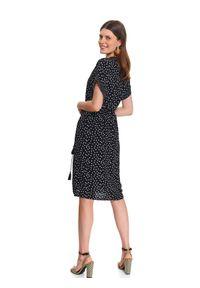 Czarna tunika TOP SECRET do kolan, z dekoltem w serek, elegancka, z krótkim rękawem