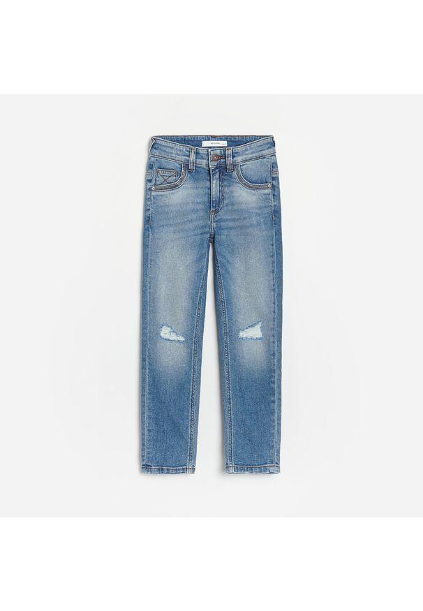 Reserved - Jeansy slim - Niebieski. Kolor: niebieski. Materiał: jeans