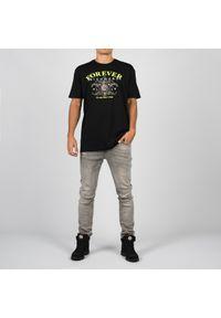 """John Richmond T-Shirt """"Over Kerr"""". Materiał: bawełna. Długość rękawa: krótki rękaw. Długość: krótkie. Wzór: aplikacja, nadruk"""