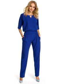 Niebieski kombinezon MOE elegancki, z krótkim rękawem