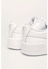 Białe buty sportowe Puma z okrągłym noskiem, z cholewką