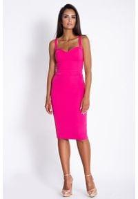 Dursi - Fuksja Ołówkowa Sukienka do Kolan na Ramiączkach. Kolor: różowy. Materiał: wiskoza, nylon, elastan. Długość rękawa: na ramiączkach. Typ sukienki: ołówkowe. Długość: midi