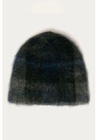 Niebieska czapka Stefanel klasyczna