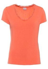 Shirt z koronkową wstawką bonprix łososiowy pomarańczowy. Typ kołnierza: dekolt w serek. Kolor: pomarańczowy. Materiał: koronka. Wzór: koronka
