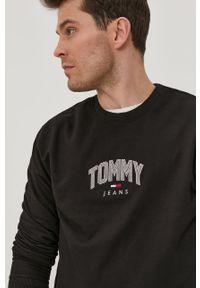 Czarna bluza nierozpinana Tommy Jeans casualowa, na co dzień, bez kaptura