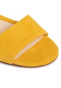 Żółte sandały Oleksy na co dzień, casualowe