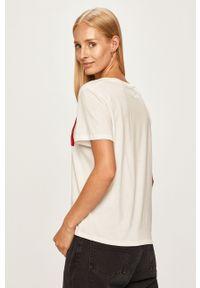 Biała bluzka Wrangler z nadrukiem