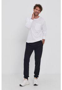 Trussardi Jeans - Trussardi - Longsleeve bawełniany. Kolor: biały. Materiał: bawełna. Długość rękawa: długi rękaw. Wzór: gładki