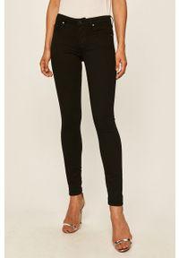 Czarne jeansy Guess Jeans w kolorowe wzory