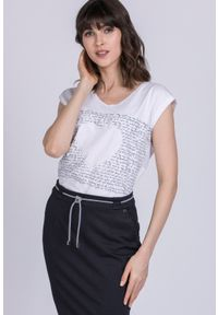 Biały t-shirt Monnari na lato, casualowy
