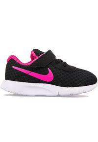Nike Tanjun 818386-061. Materiał: materiał. Szerokość cholewki: normalna. Model: Nike Tanjun