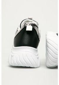 Białe buty sportowe ANSWEAR z cholewką, z okrągłym noskiem, na sznurówki