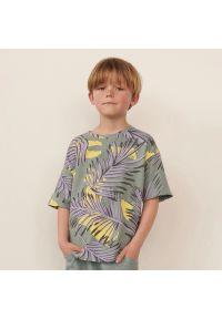 Reserved - T-shirt z tropikalnym motywem - Turkusowy. Kolor: turkusowy
