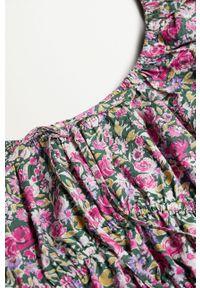 mango - Mango - Bluzka LINDA. Typ kołnierza: dekolt hiszpanka. Kolor: różowy. Materiał: tkanina, materiał, bawełna #4