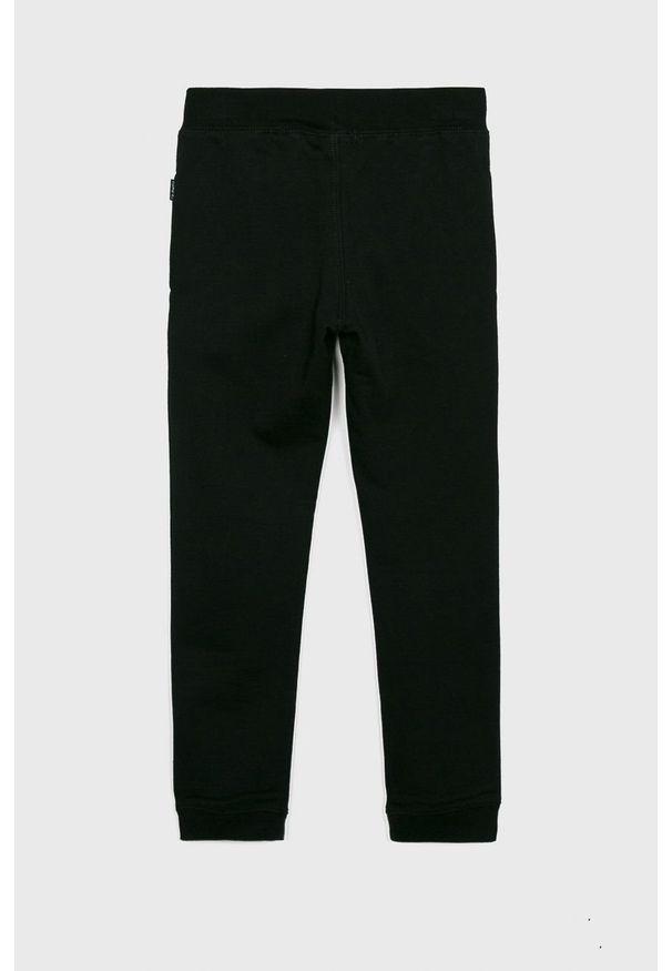 Czarne spodnie dresowe Name it na co dzień
