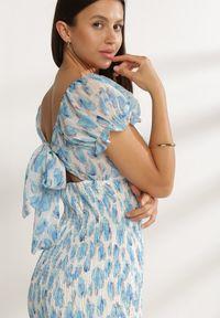 Renee - Niebieska Sukienka Ariesryna. Okazja: na randkę. Typ kołnierza: dekolt kwadratowy. Kolor: niebieski. Materiał: materiał. Typ sukienki: bodycon. Długość: mini