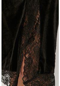 Czarna sukienka Noisy may prosta, na ramiączkach, casualowa, na co dzień