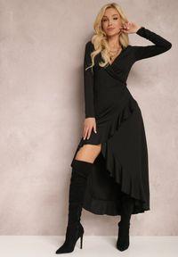 Renee - Czarna Sukienka Mynialle. Typ kołnierza: dekolt w kształcie V. Kolor: czarny. Materiał: dzianina. Długość rękawa: długi rękaw. Typ sukienki: kopertowe. Długość: maxi