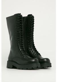 vagabond - Vagabond - Kozaki skórzane Cosmo 2.0. Nosek buta: okrągły. Kolor: czarny. Materiał: skóra. Szerokość cholewki: normalna. Obcas: na platformie