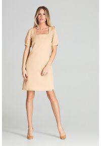 e-margeritka - Sukienka midi lekko taliowana beżowa - s. Typ kołnierza: dekolt kwadratowy. Kolor: beżowy. Materiał: materiał, poliester. Styl: elegancki. Długość: midi