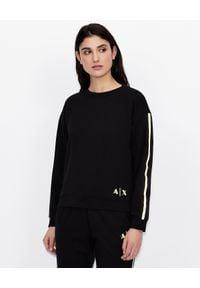 Armani Exchange - ARMANI EXCHANGE - Czarna bluza z logowanym lampasem. Okazja: na co dzień. Kolor: czarny. Materiał: jeans, tkanina. Długość rękawa: długi rękaw. Długość: długie. Wzór: gładki, nadruk. Styl: casual