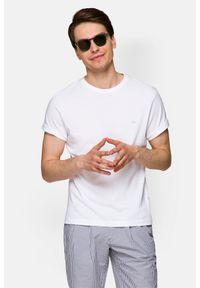 Lancerto - Koszulka Biała Mark. Okazja: na co dzień. Kolor: biały. Materiał: włókno, jersey, materiał, bawełna. Wzór: aplikacja. Sezon: lato, jesień, wiosna, zima. Styl: klasyczny, casual