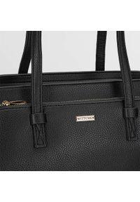 Wittchen - Kuferek z dużą kieszenią. Kolor: czarny. Materiał: skórzane. Styl: klasyczny, casual, elegancki, biznesowy. Rodzaj torebki: na ramię #7