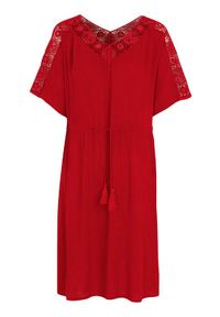 Czerwona sukienka Cellbes w ażurowe wzory, na imprezę, z dekoltem w serek