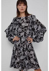 medicine - Medicine - Sukienka Graphic Bouquet. Kolor: czarny. Materiał: tkanina. Długość rękawa: długi rękaw. Typ sukienki: rozkloszowane