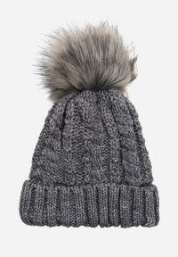 Szara czapka Renee
