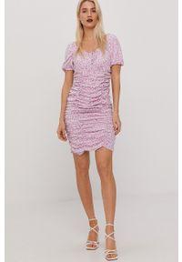 only - Only - Sukienka. Kolor: fioletowy. Materiał: tkanina. Typ sukienki: dopasowane